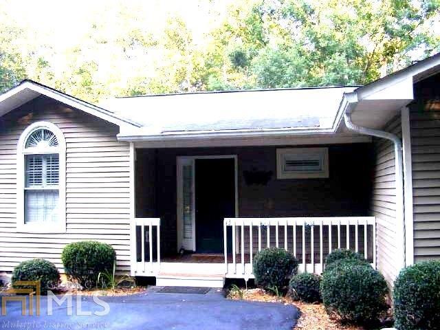 551 Lake Pl, Lavonia, GA 30553 (MLS #8370096) :: Keller Williams Realty Atlanta Partners
