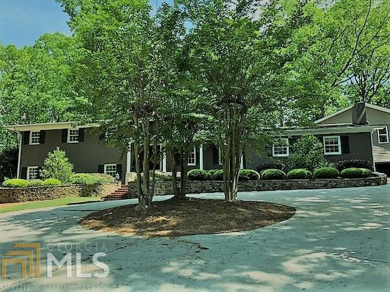 1372 Springdale Rd, Gainesville, GA 30501 (MLS #8373678) :: Royal T Realty, Inc.