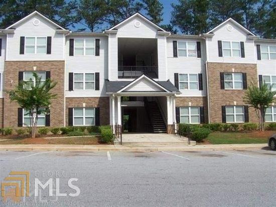 8201 Fairington Village Dr, Lithonia, GA 30038 (MLS #8388775) :: Keller Williams Realty Atlanta Partners