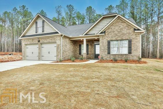 137 Ruby Ln #110, Mcdonough, GA 30252 (MLS #8395415) :: The Durham Team