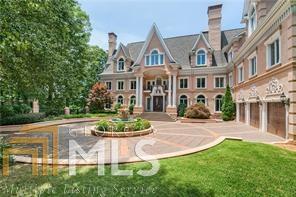 305 The Cliffs, Atlanta, GA 30350 (MLS #8408107) :: Buffington Real Estate Group