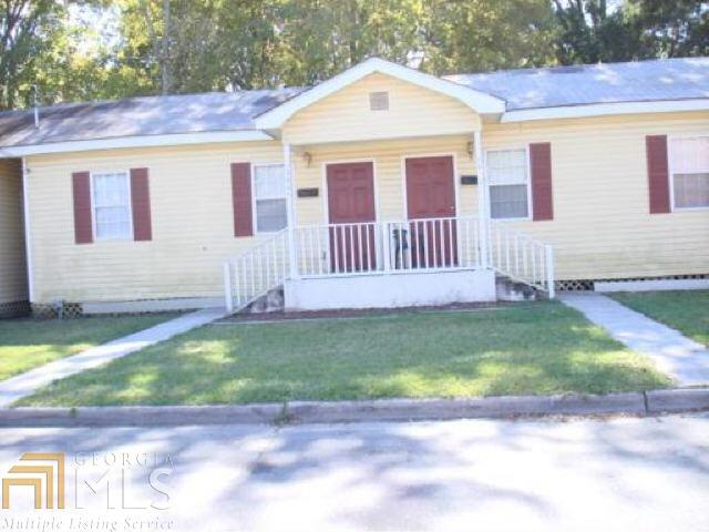 1411 Richards St, Savannah, GA 31415 (MLS #8413734) :: The Durham Team