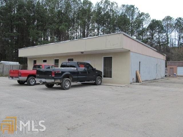 125 Commerce St, Fayetteville, GA 30214 (MLS #8431141) :: Anderson & Associates