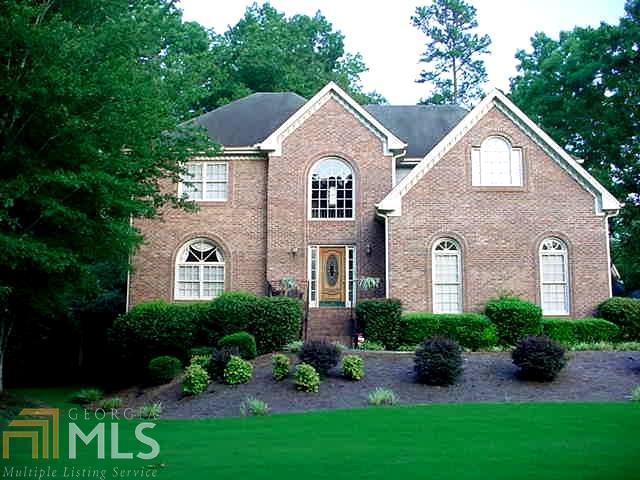 1295 Creek Laurel Dr, Lawrenceville, GA 30043 (MLS #8433584) :: Bonds Realty Group Keller Williams Realty - Atlanta Partners