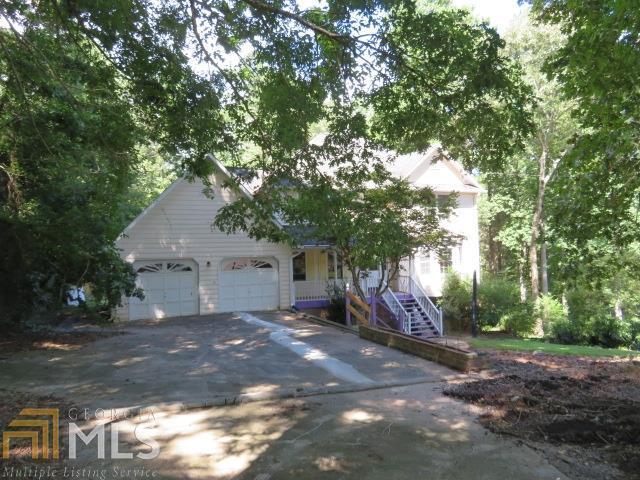 3951 Hamilton Mill Rd, Buford, GA 30519 (MLS #8435897) :: Bonds Realty Group Keller Williams Realty - Atlanta Partners