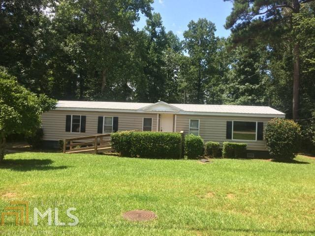 263 Lakeview Dr, Locust Grove, GA 30248 (MLS #8437621) :: The Durham Team