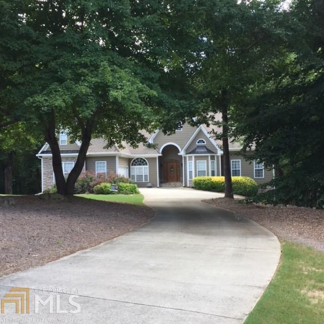 8655 Anchor On Lanier, Gainesville, GA 30506 (MLS #8438425) :: Bonds Realty Group Keller Williams Realty - Atlanta Partners