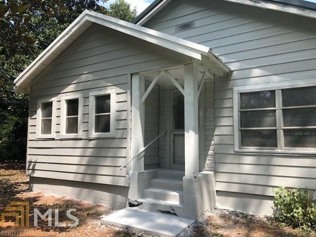 84 Meriwether, Grantville, GA 30220 (MLS #8458670) :: Anderson & Associates