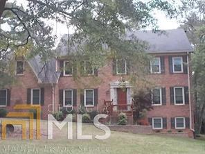 5047 SW Sumter Ln, Lilburn, GA 30047 (MLS #8476551) :: The Durham Team