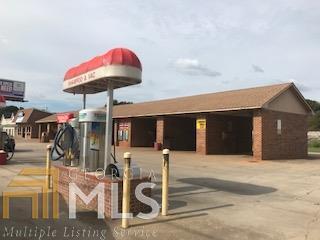 214 E May St, Winder, GA 30680 (MLS #8476589) :: Royal T Realty, Inc.
