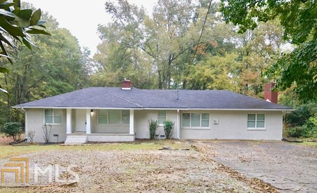 6686 S Sweetwater Rd, Lithia Springs, GA 30122 (MLS #8478640) :: Ashton Taylor Realty