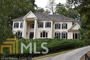 325 Tradea Tarn, Roswell, GA 30076 (MLS #8484996) :: Buffington Real Estate Group