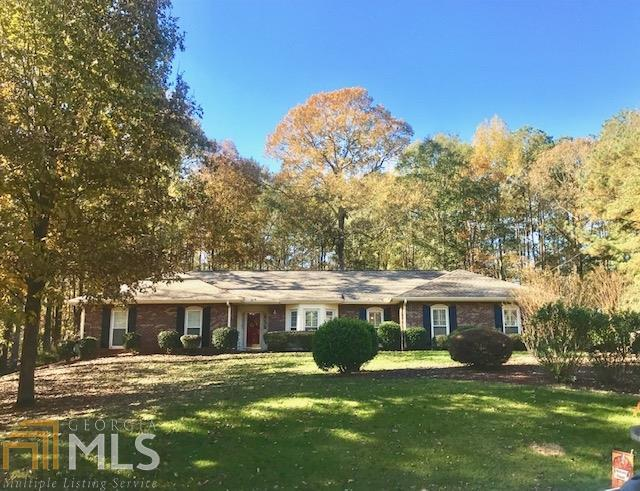 107 Colonial Ct, Lagrange, GA 30240 (MLS #8489481) :: Team Cozart