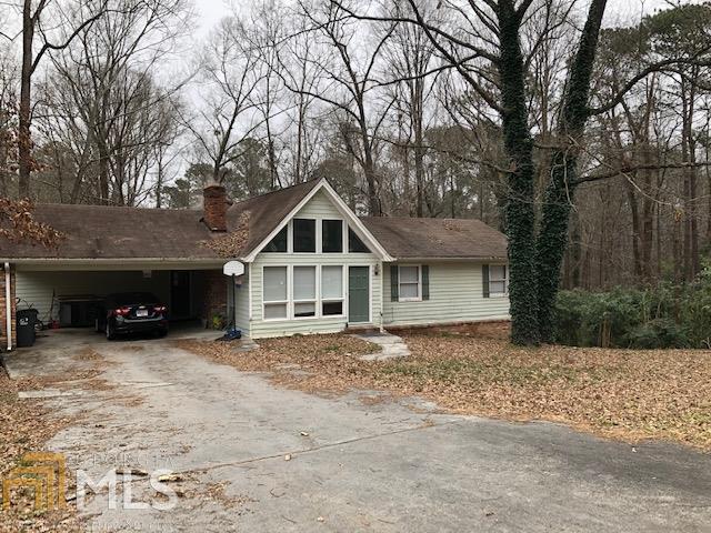 1831 N Oak Dr, Lawrenceville, GA 30044 (MLS #8514821) :: Ashton Taylor Realty