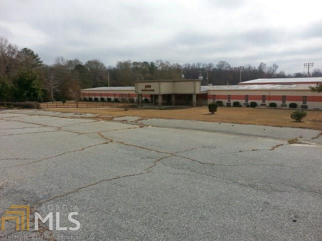 1 Layfield Dr, Phenix City, AL 36867 (MLS #8542687) :: The Heyl Group at Keller Williams