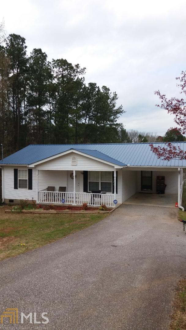 96 Cedar, Toccoa, GA 30577 (MLS #8550870) :: Buffington Real Estate Group