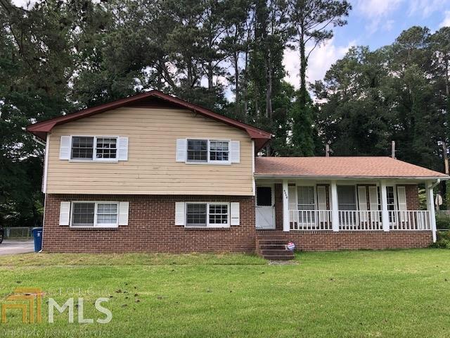 6339 Pine View Ter, Riverdale, GA 30296 (MLS #8582351) :: Rettro Group