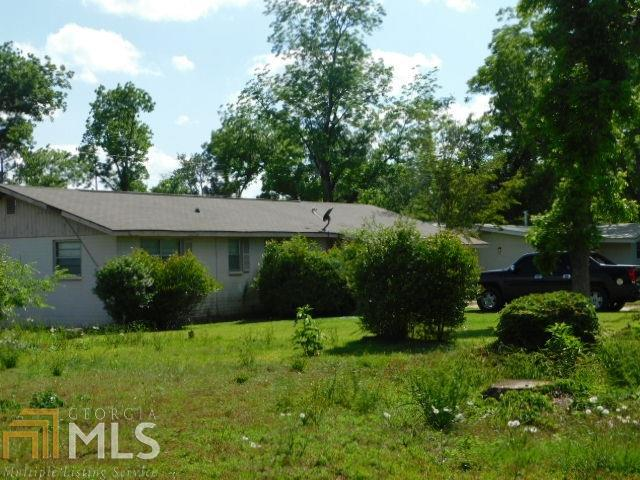 402 Holly, Albany, GA 31705 (MLS #8587513) :: The Durham Team