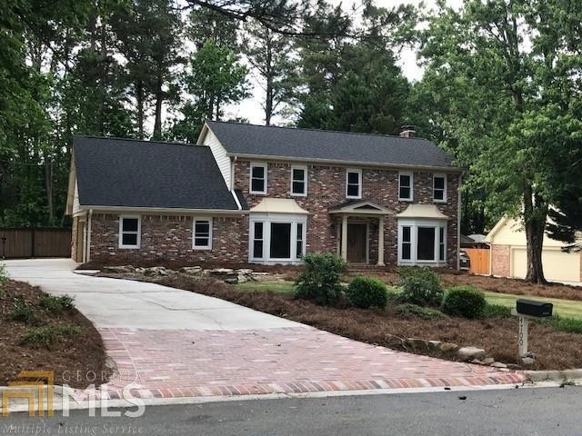 4700 Pine Acres Court, Atlanta, GA 30338 (MLS #8589411) :: Buffington Real Estate Group