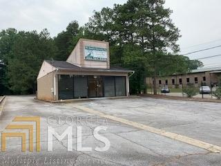 4561 Jonesboro Rd, Forest Park, GA 30297 (MLS #8599346) :: Rettro Group