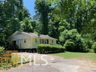 566 Woods Dr A, Atlanta, GA 30318 (MLS #8601572) :: RE/MAX Eagle Creek Realty