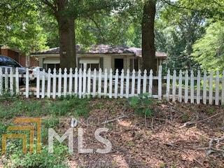 566 Woods A, Atlanta, GA 30318 (MLS #8601584) :: RE/MAX Eagle Creek Realty