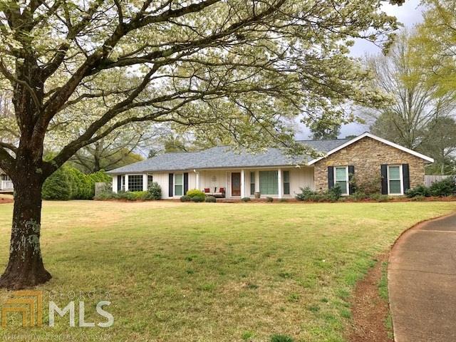 745 Rounsaville Rd, Roswell, GA 30076 (MLS #8602084) :: Rettro Group