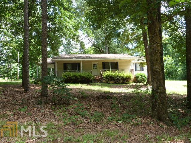 1627 Dogwood Trl, Monroe, GA 30655 (MLS #8602334) :: The Heyl Group at Keller Williams