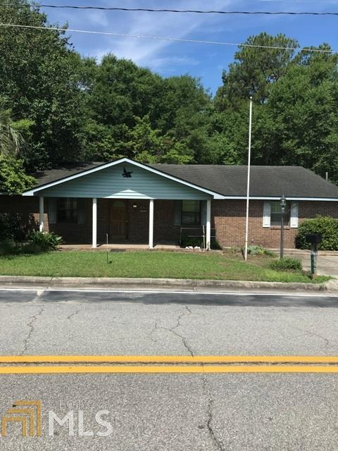 402 Perry St, Claxton, GA 30417 (MLS #8602984) :: The Heyl Group at Keller Williams