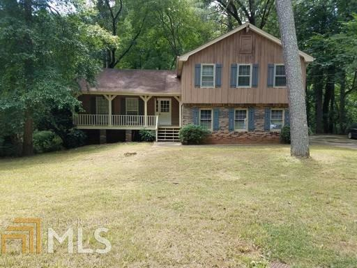 4789 Banner Elk Dr, Stone Mountain, GA 30083 (MLS #8603773) :: The Heyl Group at Keller Williams