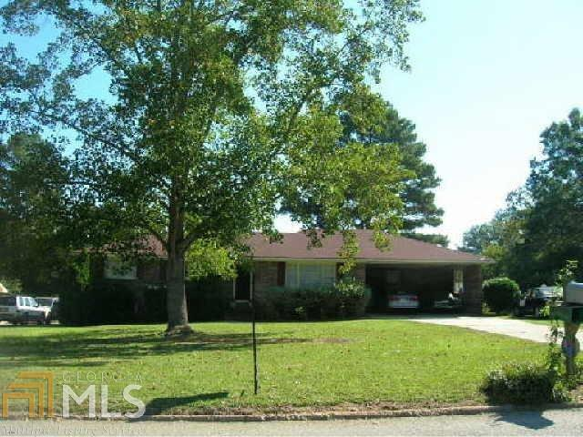 1470 Gloria St, Griffin, GA 30224 (MLS #8603907) :: The Heyl Group at Keller Williams