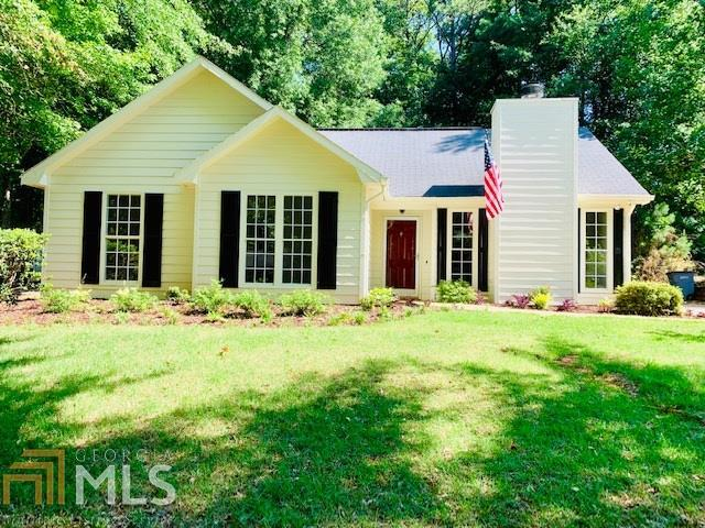 119 Ridgefield Cir, Lagrange, GA 30241 (MLS #8604322) :: The Heyl Group at Keller Williams