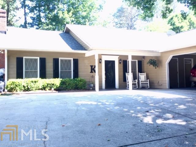 162 Oakwood Pl, Mt Airy, GA 30563 (MLS #8605789) :: Buffington Real Estate Group