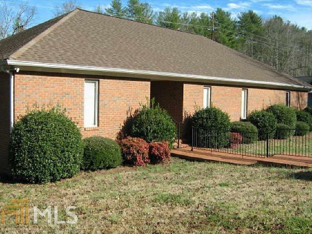 125 Professional Park Dr, Clarkesville, GA 30523 (MLS #8606206) :: Buffington Real Estate Group