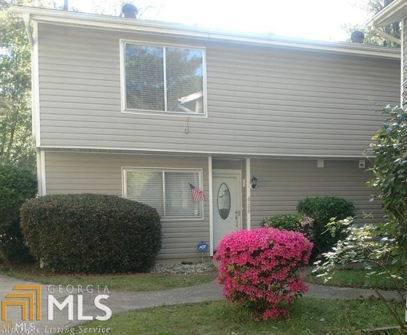 8568 Creekwood, Jonesboro, GA 30238 (MLS #8608482) :: The Heyl Group at Keller Williams