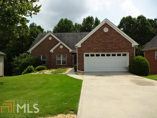 4997 Holland View Dr, Flowery Branch, GA 30542 (MLS #8620796) :: The Heyl Group at Keller Williams