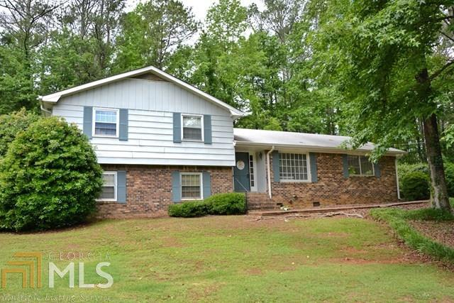 125 Plantation Ave, Carrollton, GA 30117 (MLS #8624778) :: Rettro Group
