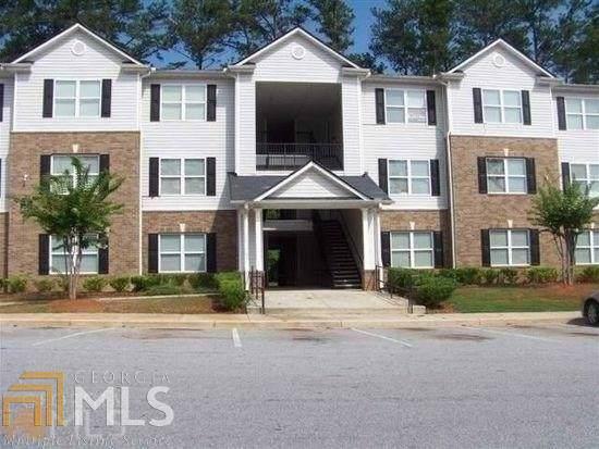 8201 Fairington Village Drive, Lithonia, GA 30038 (MLS #8642904) :: The Heyl Group at Keller Williams
