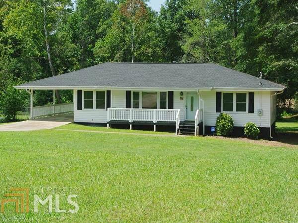 538 White St, Hoschton, GA 30548 (MLS #8643781) :: Bonds Realty Group Keller Williams Realty - Atlanta Partners