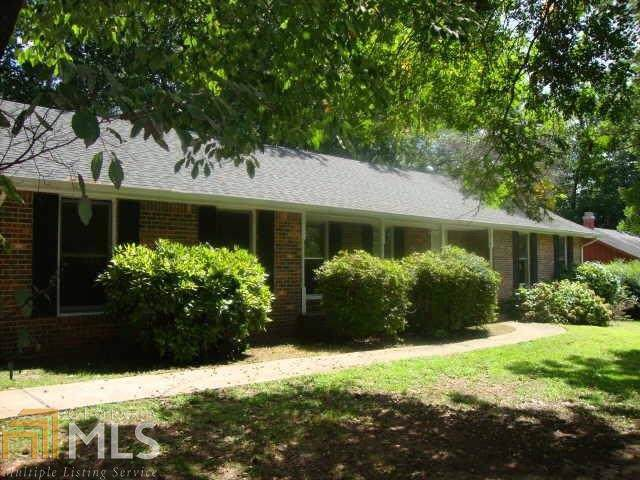 8065 Webb Rd, Riverdale, GA 30274 (MLS #8645705) :: Bonds Realty Group Keller Williams Realty - Atlanta Partners
