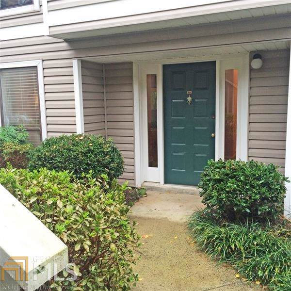 906 Wynnes Ridge Cir, Marietta, GA 30064 (MLS #8649313) :: The Heyl Group at Keller Williams