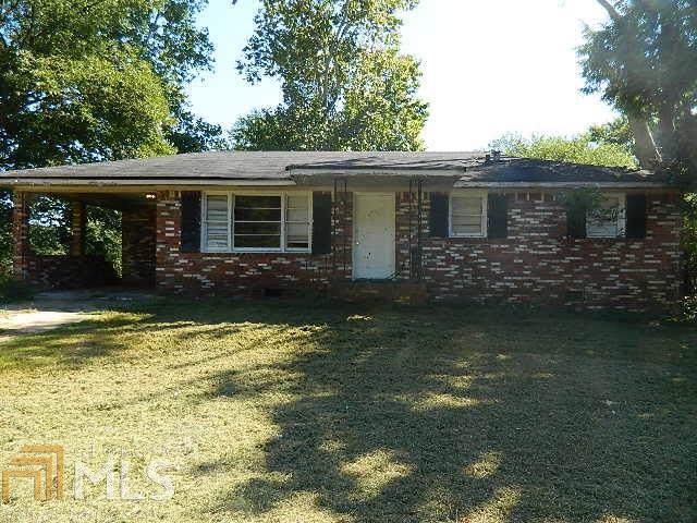 349 SW Camilla Cir, Mableton, GA 30126 (MLS #8657353) :: The Heyl Group at Keller Williams
