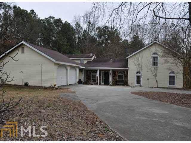2978 Hog Mountain Rd, Dacula, GA 30019 (MLS #8658259) :: The Heyl Group at Keller Williams