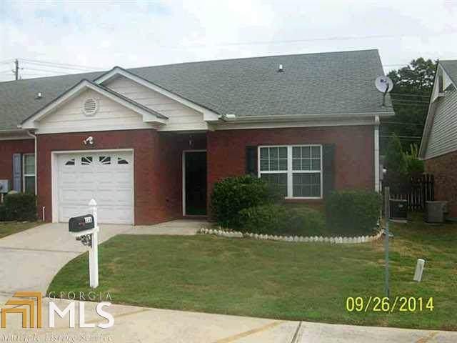 239 Tara Woods Drive, Riverdale, GA 30274 (MLS #8659693) :: The Heyl Group at Keller Williams