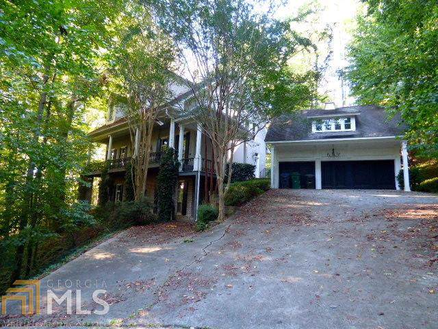 4598 Chattahoochee Court Se, Marietta, GA 30067 (MLS #8680201) :: Crown Realty Group