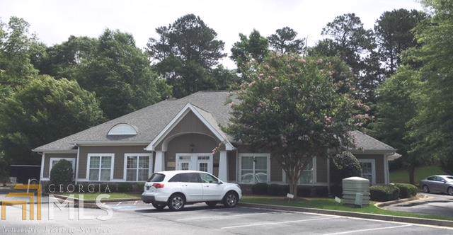 1015 Tyrone Rd Bldg 400, Tyrone, GA 30290 (MLS #8681566) :: Keller Williams Realty Atlanta Partners