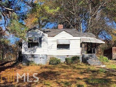 2025 Baker Rd, Atlanta, GA 30318 (MLS #8704164) :: HergGroup Atlanta