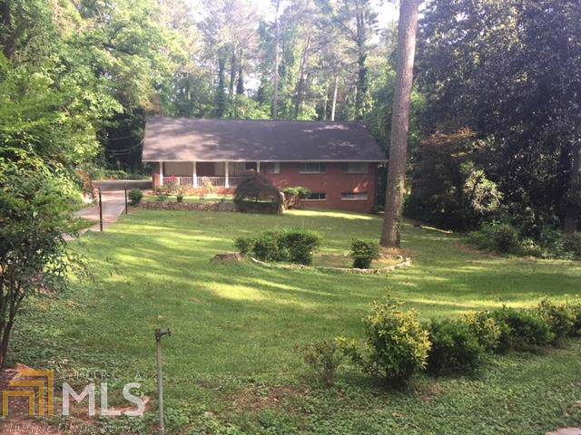4281 Durham, Stone Mountain, GA 30083 (MLS #8707235) :: The Heyl Group at Keller Williams