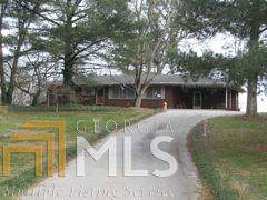 1880 Chase Rd, Cornelia, GA 30531 (MLS #8737931) :: Military Realty