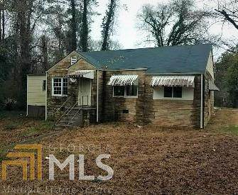 1815 SW Cummings Drive, Atlanta, GA 30311 (MLS #8740518) :: The Realty Queen Team